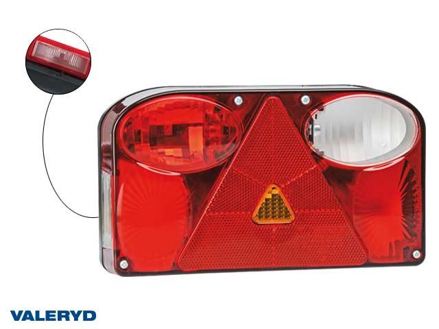Baklampa Hö 238x138x55 reflex, skylt- dim- och backljus. 6-pol bajonettanslutning