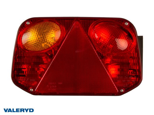 Baklampa Radex 2800 Vä 250x145x55 med skyltbelysning och dimljus. Bajonettanslutning
